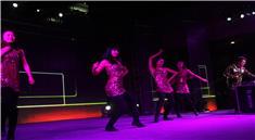 DJ派对现场精彩舞蹈表演视频
