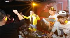 金牌导师DJ天亮yy万人打碟专场视频