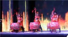 活动现场女子中国鼓现场表演视频
