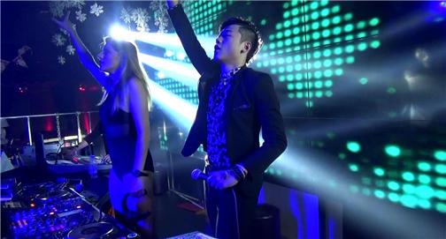 DJ学员佳鹏上海Liv酒吧现场喊麦视频
