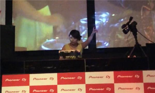 学员DJ张美-展现DJ个性之巅