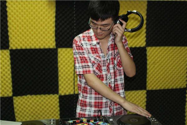 学员DJ刘奇-传承DJ音乐精髓