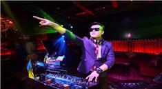 DJ学员高洋杭州V8酒吧DJ打碟现场视频
