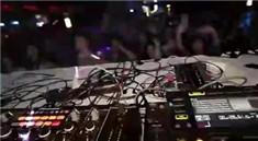 黑人小孩3岁DJ打碟视频