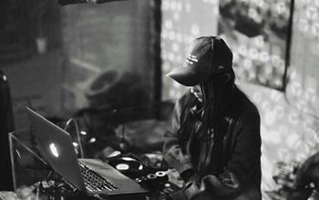 找师傅学DJ
