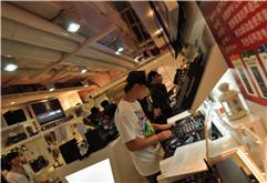 DJ学员吴静中国上海先锋DJ总公司照片