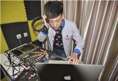 扬州DJ学员孟杰DJ打碟练习图集