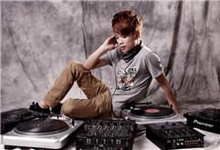 温州DJ学员陈俊打碟写真集