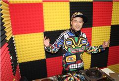DJ艾克机房打碟照片集锦