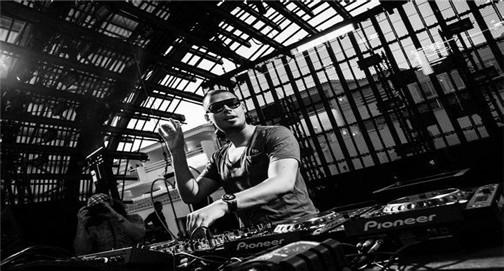 世界百大DJ比利时打碟现场 Afrojack