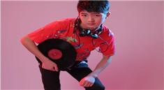 皇族DJ学员覃兴明打碟写真照片