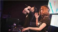 上海Amiga酒吧美女DJ打碟视频