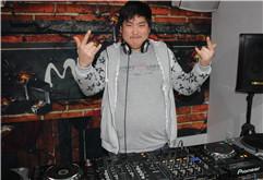 江苏常州武进DJ学员戴鹏打碟练习照片