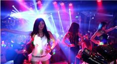 时尚性感美女现场DJ打碟视频