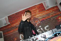 皇族延安DJ学员任泽浩练习照片