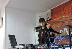 皇族昆山DJ学员林然然练习照片