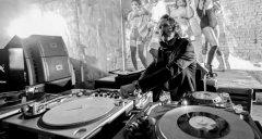 数字DJ学习黑胶技术的六个原因