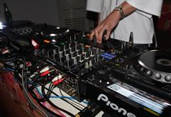 皇族DJ学院学员文晓磊混音考核视频(前场)