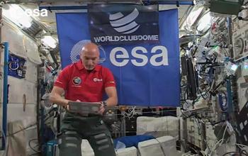 史上真正在太空中打碟的DJ!
