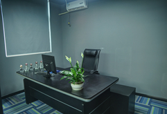皇族DJ培训学校教研部办公区域