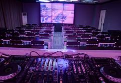 皇族DJ学院高端多媒体教学区照片