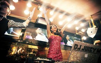 2020年实力美女DJ Juicy M最新4DJs