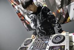 皇族DJ学院陕西学员曾家伟练习照