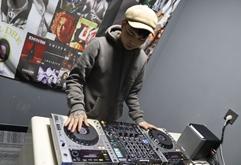 皇族汉中DJ学员张欣练习照片