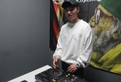 河南DJ学员张浩然打碟练习照片