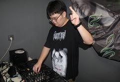 安徽DJ学员沈浩雨打碟练习照片