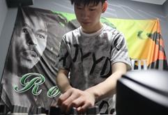 江苏DJ学员高明旭打碟练习照片