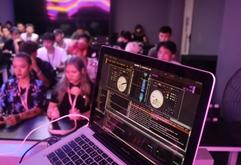皇族DJ学院2020年DJ核心技术搓碟课合集照片(上)