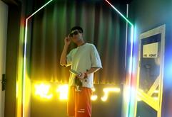 广东DJ学员吴晓东打碟练习照片