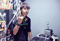 浙江DJ学员蒋小东打碟练习照片